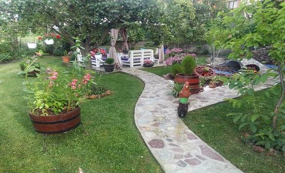 Тринаесет дворови конкурираат за најубаво уреден двор во Делчево