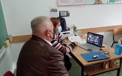 """Градоначалникот Трајковски на онлајн час по општество во ООУ """"Св.Климент Охридски"""""""
